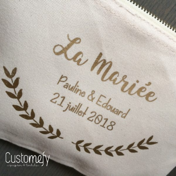 pochette personnalisée pour la mariée