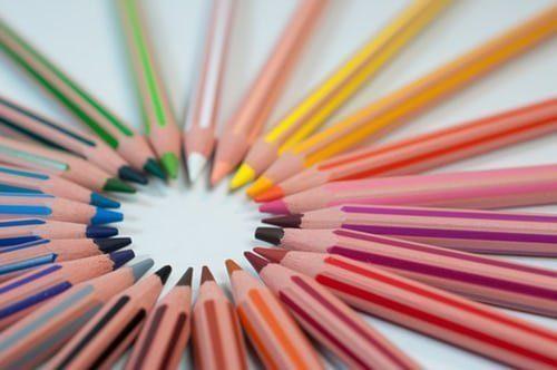 crayons de couleur éthiques et durables